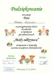 podziękowanie dla Moniki Walewskiej za przygotowanie dzieci do udziału w konkursie Mały odkrywca