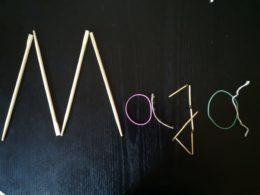 zdjęcie imienia Maja ułożonego z patyczków