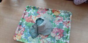 zdjęcie makiety wulkanu