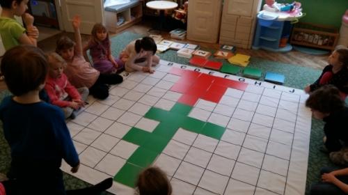 Kodowanie na dywanie Biedronek