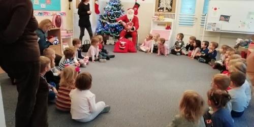 Mikołaj u Mróweczek i Krasnali