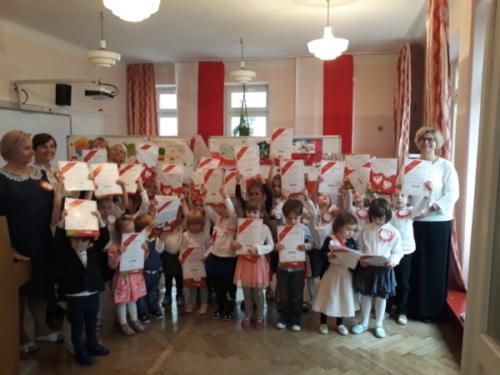 Przedszkolna Uroczystość z okazji Odzyskania Niepodległości przez Polskę